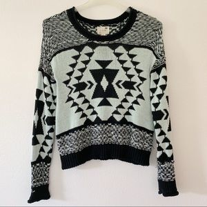 LA Hearts black and white tribal pull over sweater